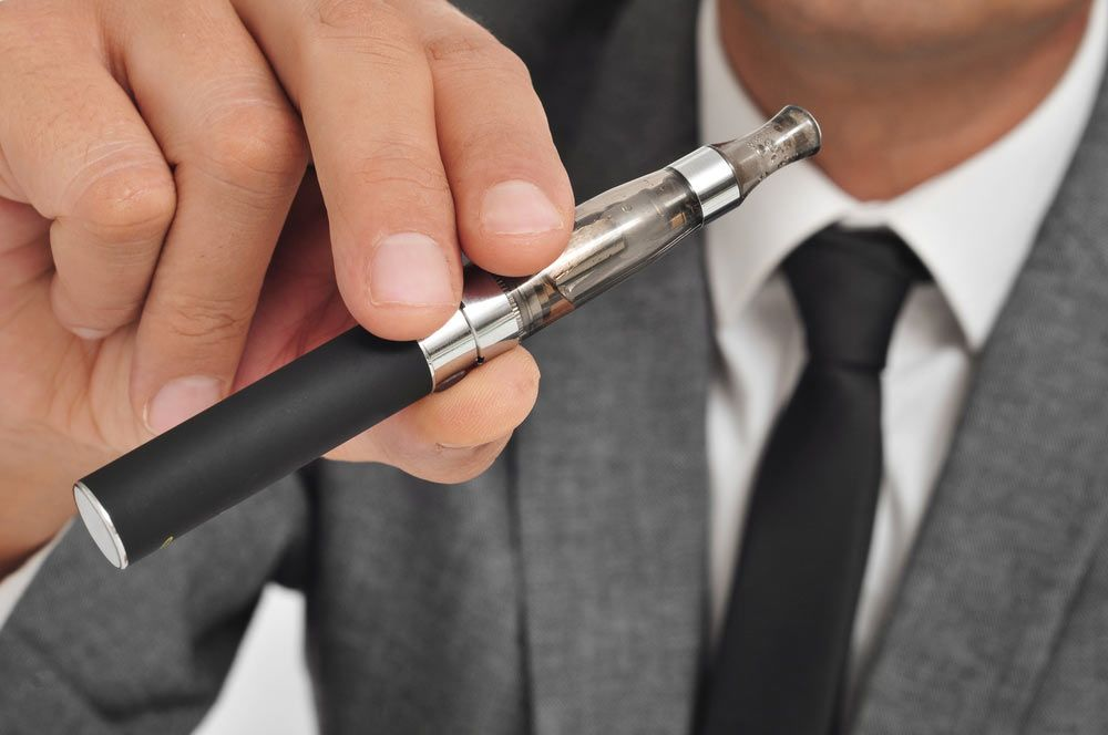 Why Make the Switch: The Benefits of E-Cigarettes